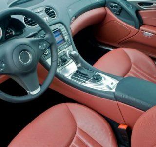 como-cuidar-interior-carro-direcao-prochaskar